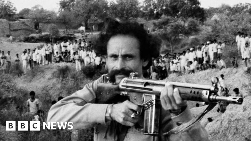 Malkhan Singh: The surrender of India's bandit king