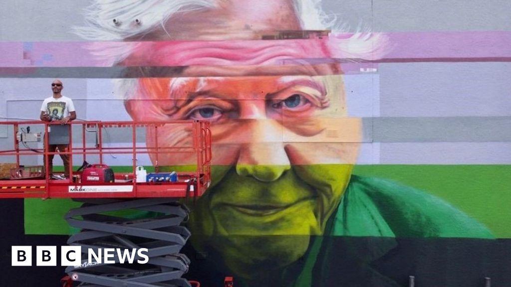 Sir David Attenborough mural painted to transform Essex car park wall