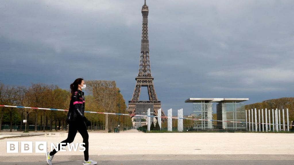 Paris bans daytime outdoor exercise thumbnail