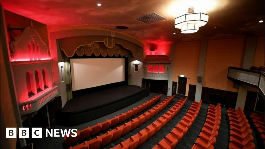 uk cinema dating from 1913 is lazyron dating veronica