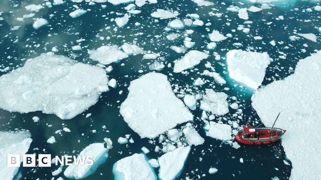 Climate change: Greenland's ice faces melting 'death sentence'