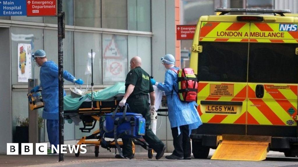 Hospitals across UK 'must prepare for Covid surge', senior doctor warns