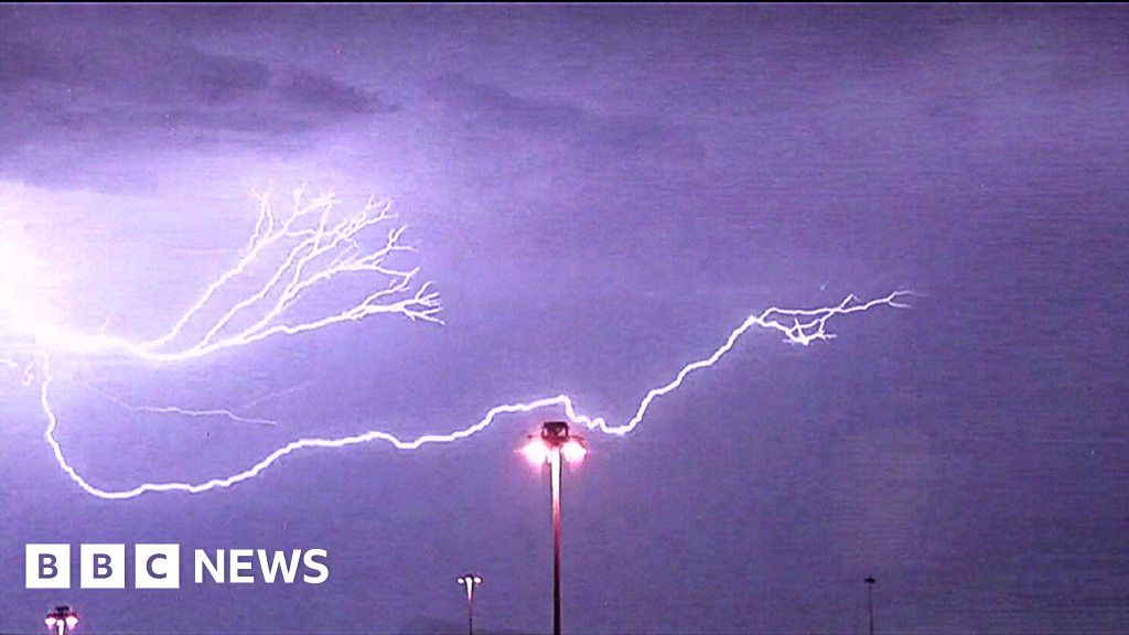Lightning Strikes Map Florida.Lightning Strikes Las Vegas Bbc News
