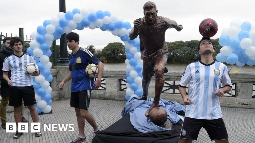 Lionel Messi statue in Buenos Aires vandalised again - BBC News