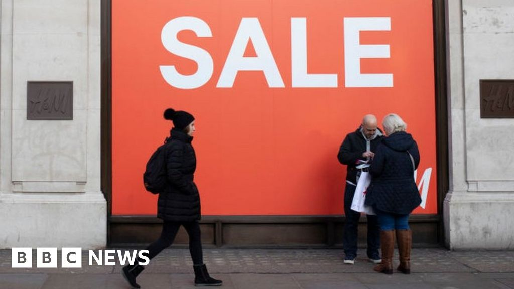Cheaper clothing and fuel see inflation in the United Kingdom will fall 1. 5% in March