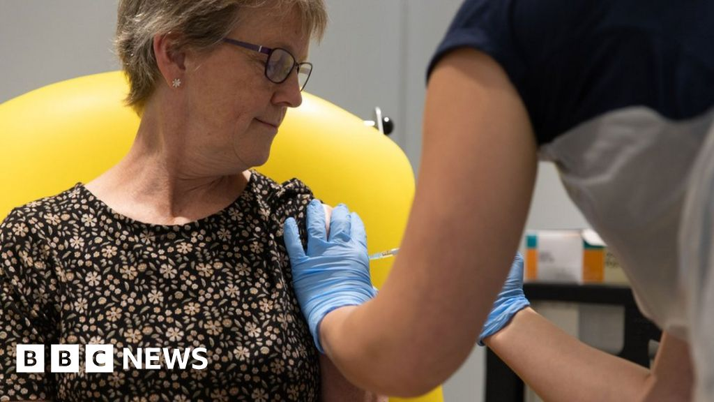 Coronavirus: Oxford Vaccine Can Train Immune System