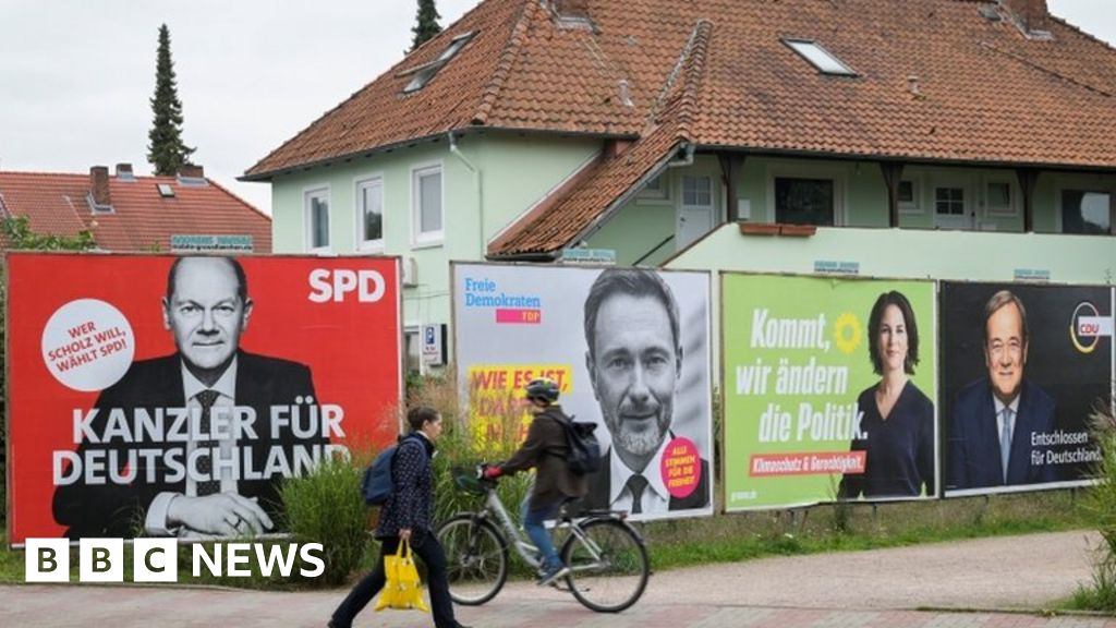 Germany election: Coalition talks begin after close election