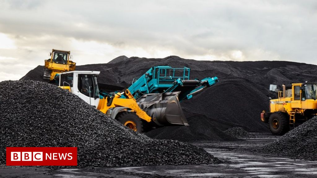 The UK is the coal as a renewable energy edge from fossil fuels