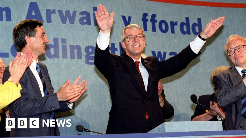 Papers show John Major was urged to bring cabinet to Wales ...
