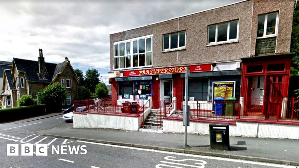 glasgow handgun robber targets three stores in two hours
