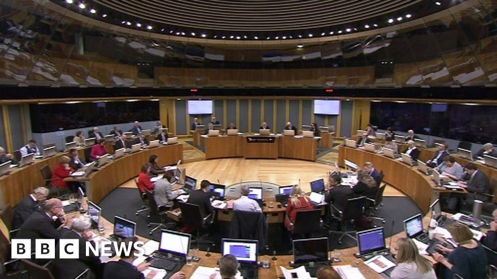 Assembly rejects Welsh-only Senedd Cymru name