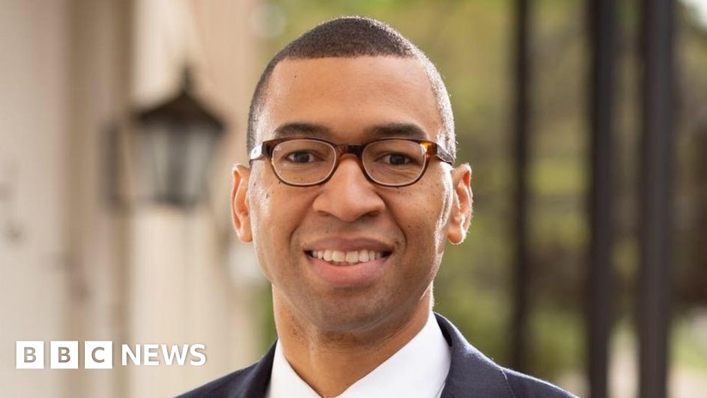 Civil rights birthplace elects first black mayor