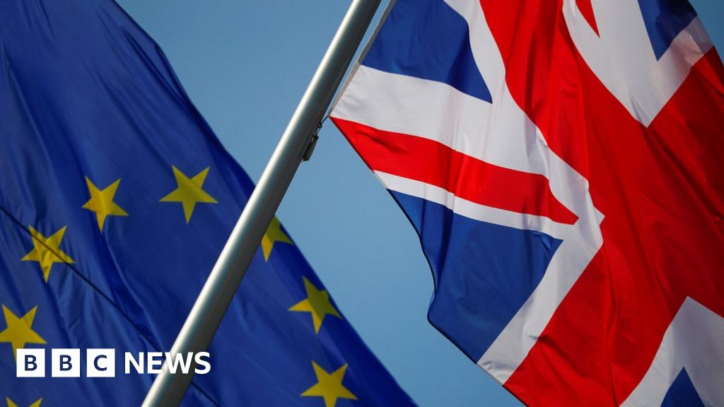 Brexit: 'Serious variations' over commerce deal, say UK and EU thumbnail