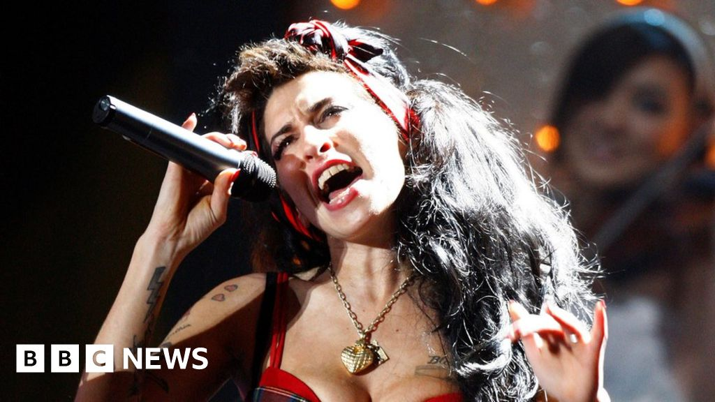 bbc.co.uk - Could there be new Amy Winehouse music on the way? - BBC News