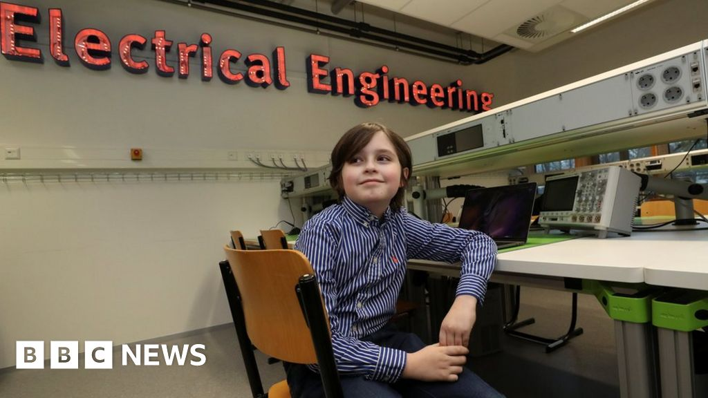 Laurent Simons: Belgian child prodigy drops out of university