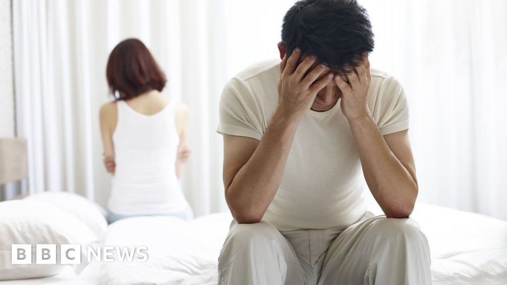 Men 'at greater risk of infertility' if small at birth