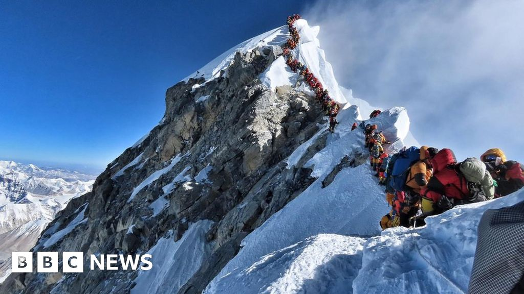 Sherpas slam Nepal's plan to clean up Everest