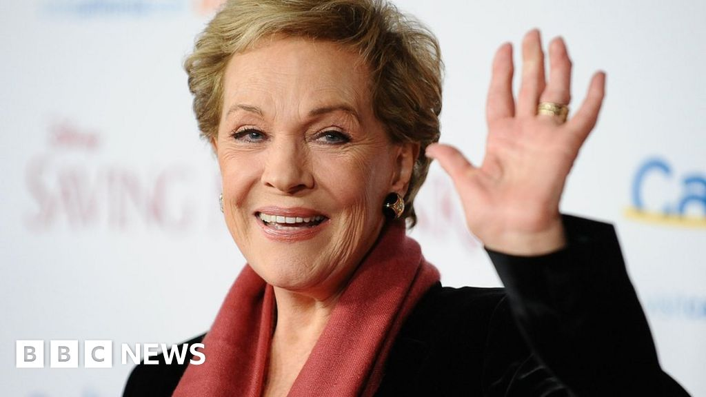 Julie Andrews to bring memoirs to life in one-off show - BBC News