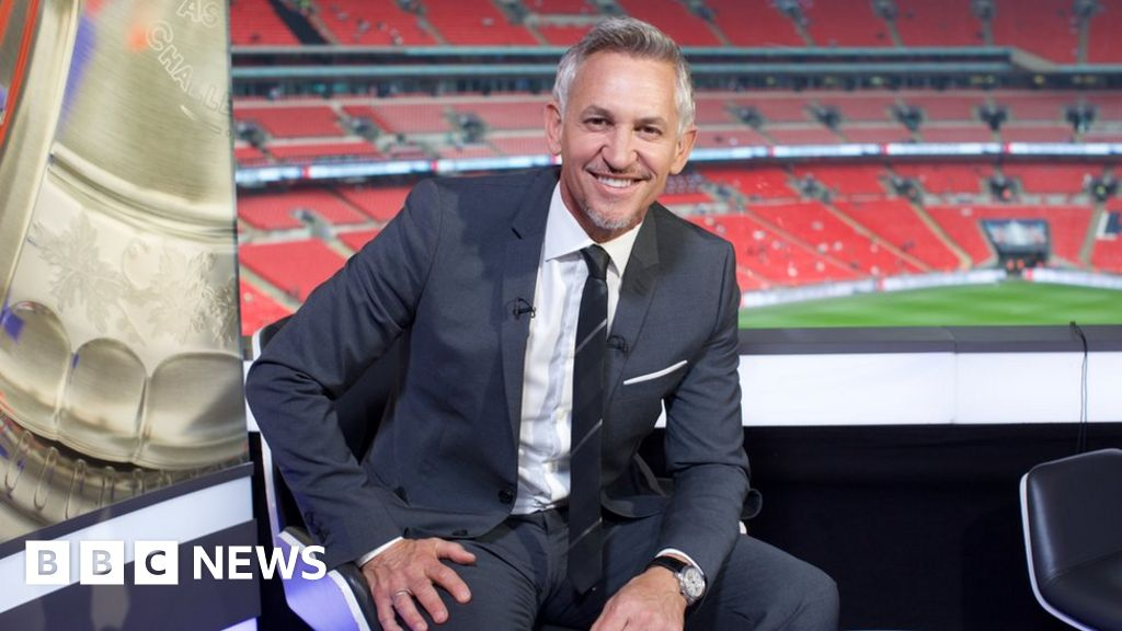 Gary Lineker calls for 'voluntary' licence fee
