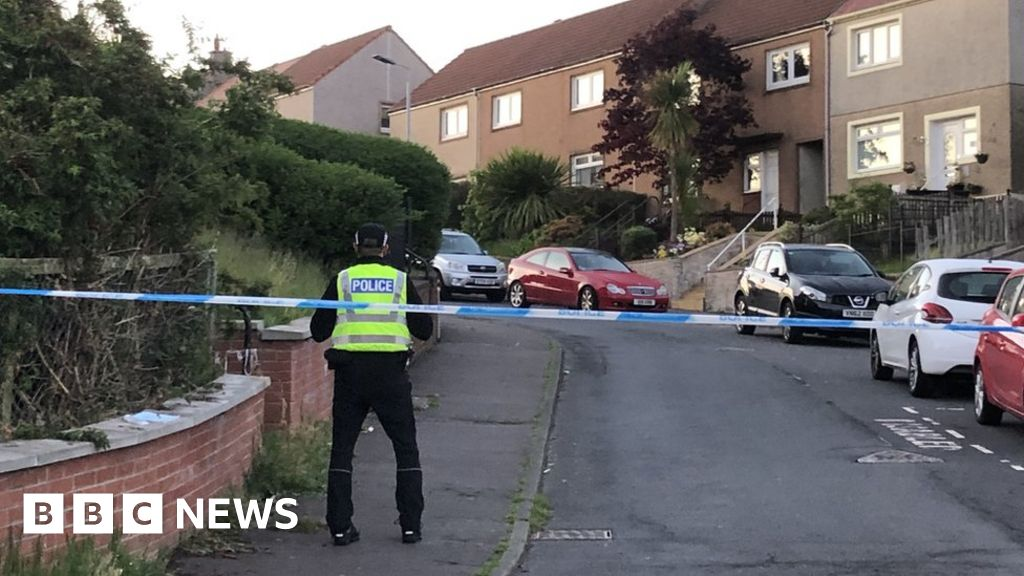 Man, 42, dies after shooting in Ardrossan thumbnail