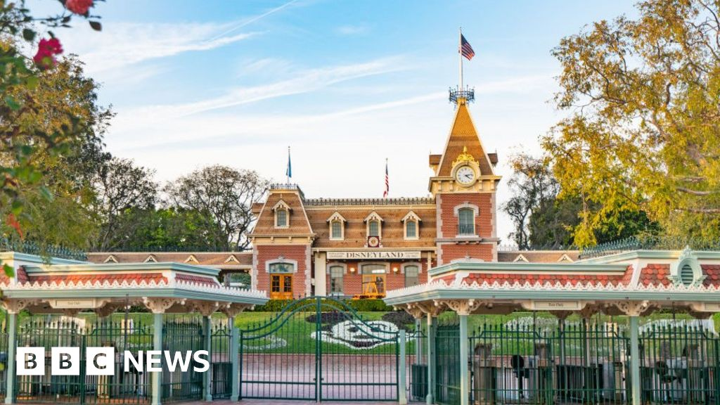 California's Disneyland to become Covid vaccination site