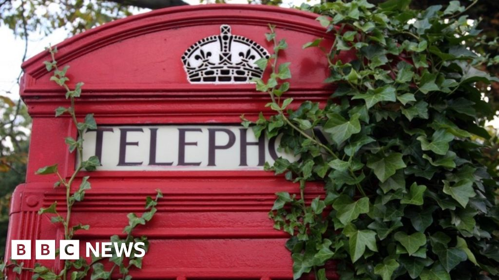 Red phone box stolen from Cheshire garden in broad daylight