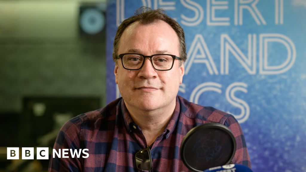 Gay writers  still new , says Russell T Davies