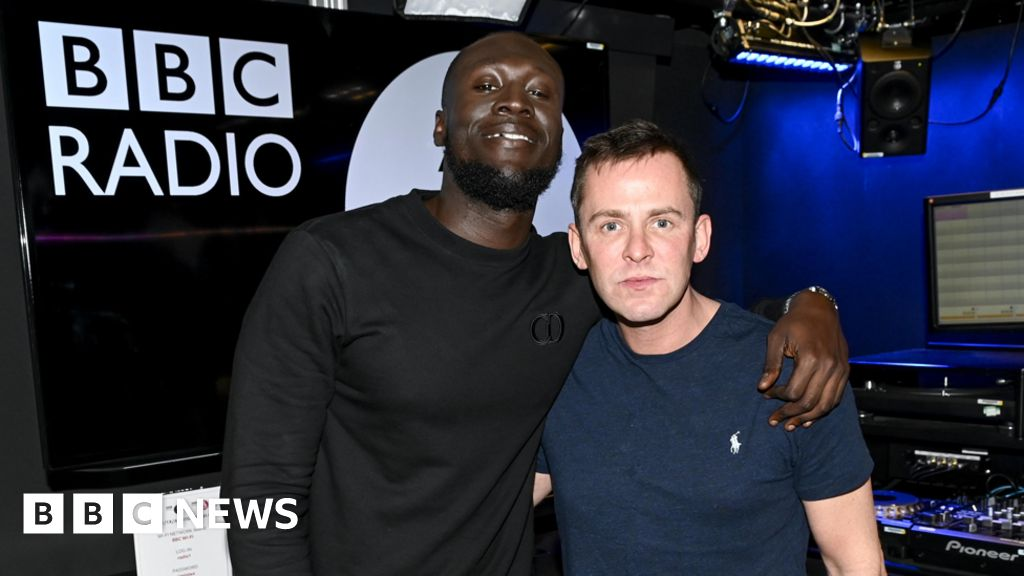 Stormzy stokes Wiley series on, he beats the number one