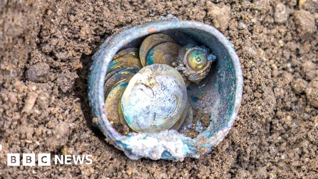 900-year-old gold coins found in well