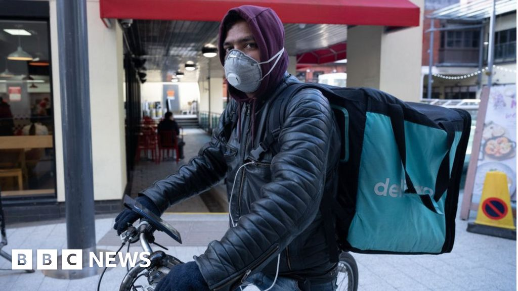 Deliveroo shares tumble on stock market debut