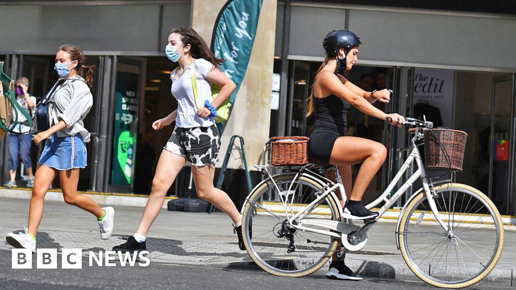 Walking and biking prioritised in new Highway Code