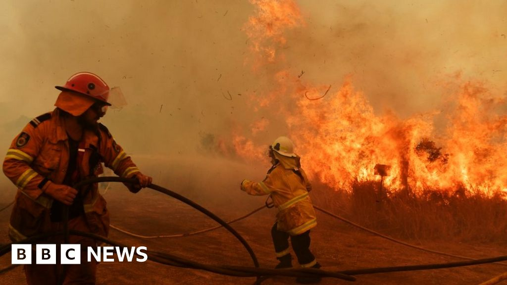 How do you fight extreme wildfires?