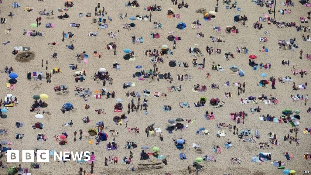 Term-time holiday: What are the rules? - BBC News