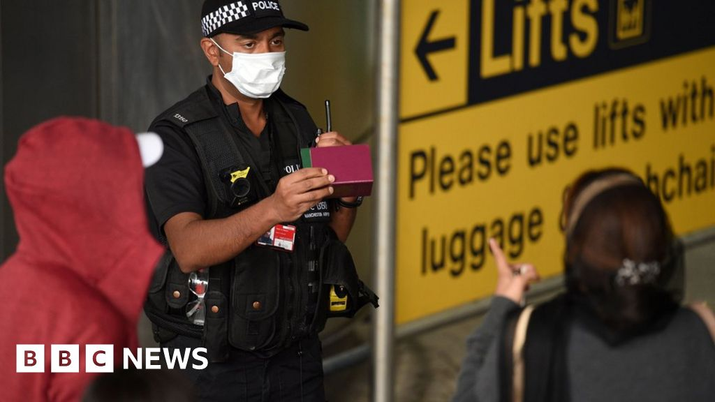 Coronavirus: Police problem no fines for journey quarantine breaches thumbnail