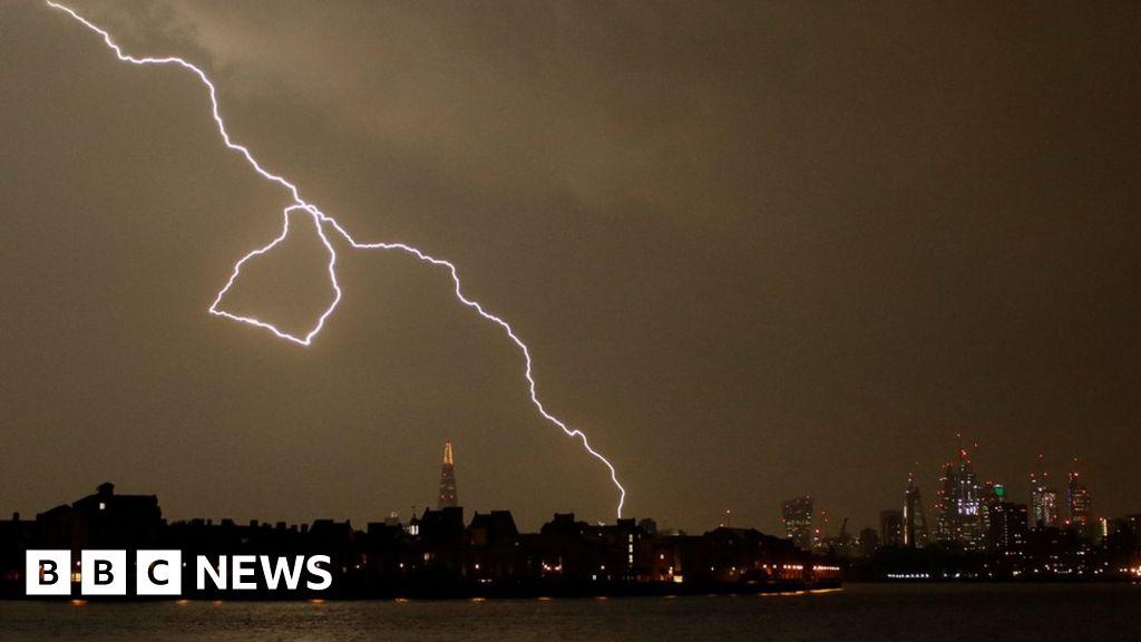'Insane' lightning strikes parts of UK