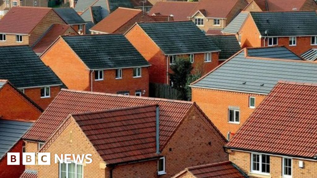 Shortage of homes for sale pushes up Scottish prices