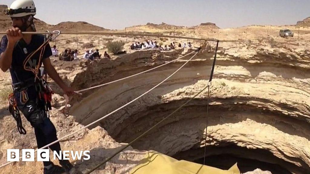 Cavers descend into Yemen's 'Well of Hell'