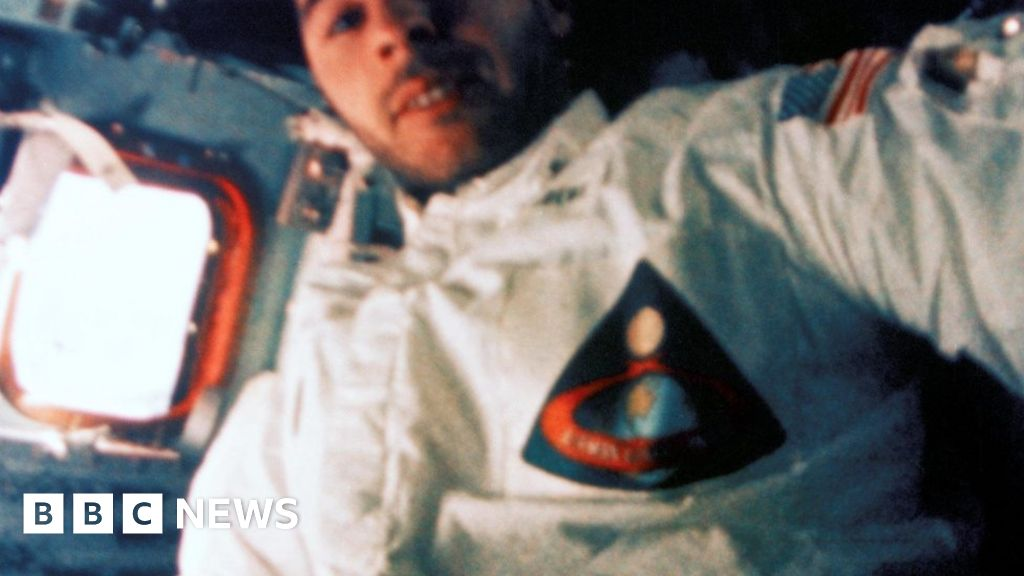 Sending astronauts to Mars would be stupid, astronaut says ...