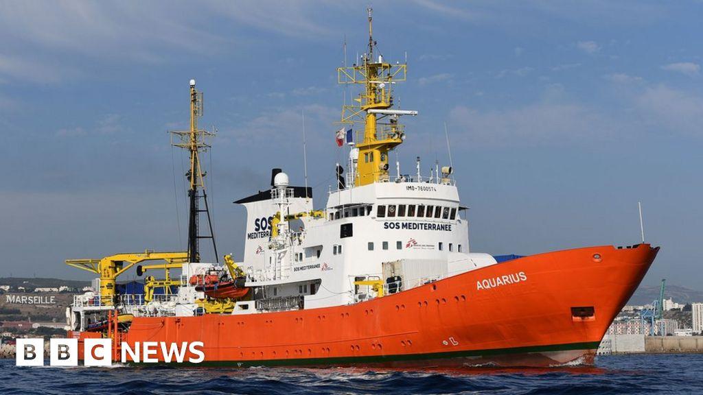 Rescue ship Aquarius ends migrant missions
