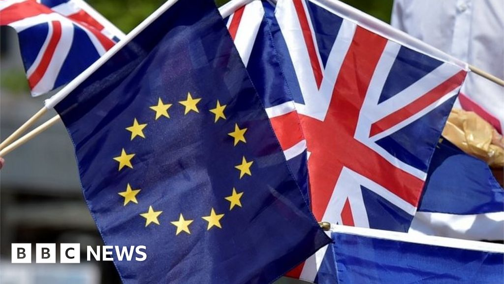 Brexit deal: May to meet Foster and Irish PM