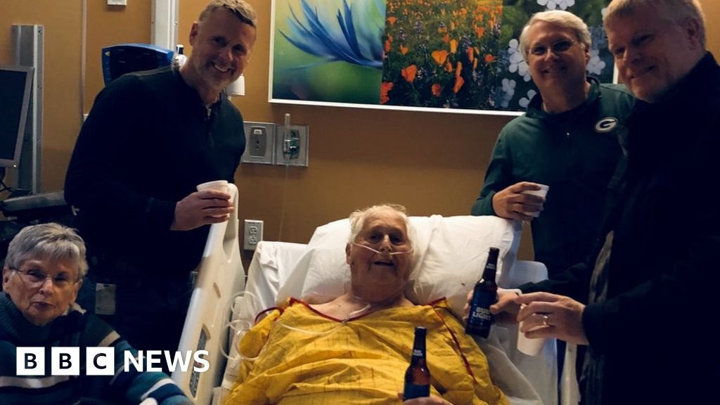 What We Can All Learn From This Deathbed Photo Bbc News