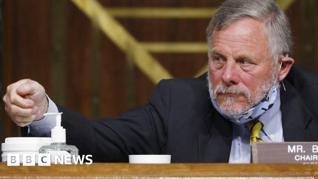 Richard Burr: Senate intelligence chief steps down for FBI probe - BBC News