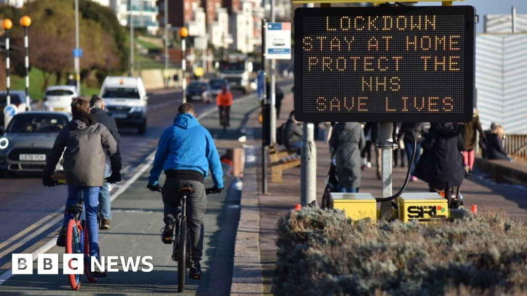 Covid: Lockdown needs to be stricter, scientists warn