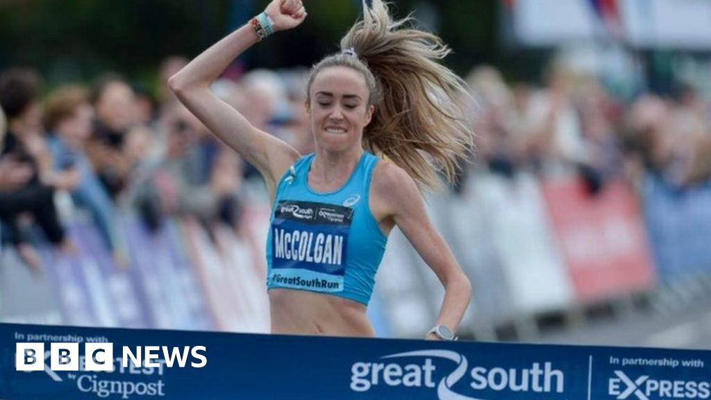 Great South Run: 16,000 compete in Portsmouth