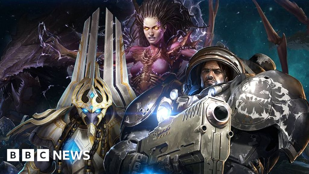 DeepMind AI achieves Grandmaster status at Starcraft 2 thumbnail