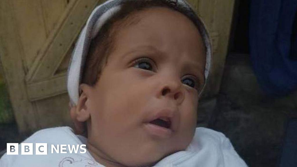 Gabon: Baby freed after hospital bill paid