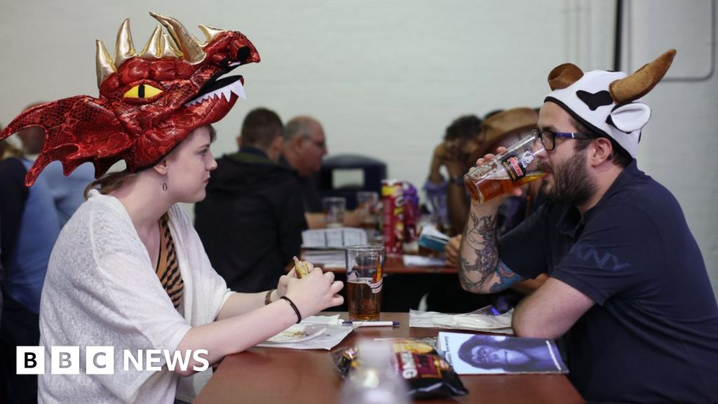 Beer stalkers to night caps at Camra hat day