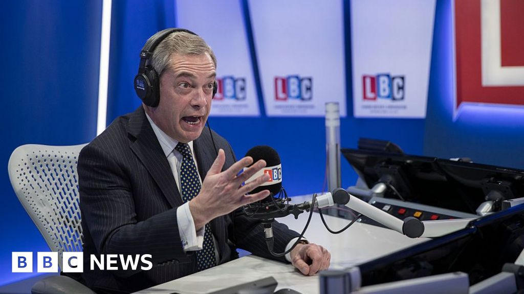 Nigel Farage leaves radio station LBC thumbnail