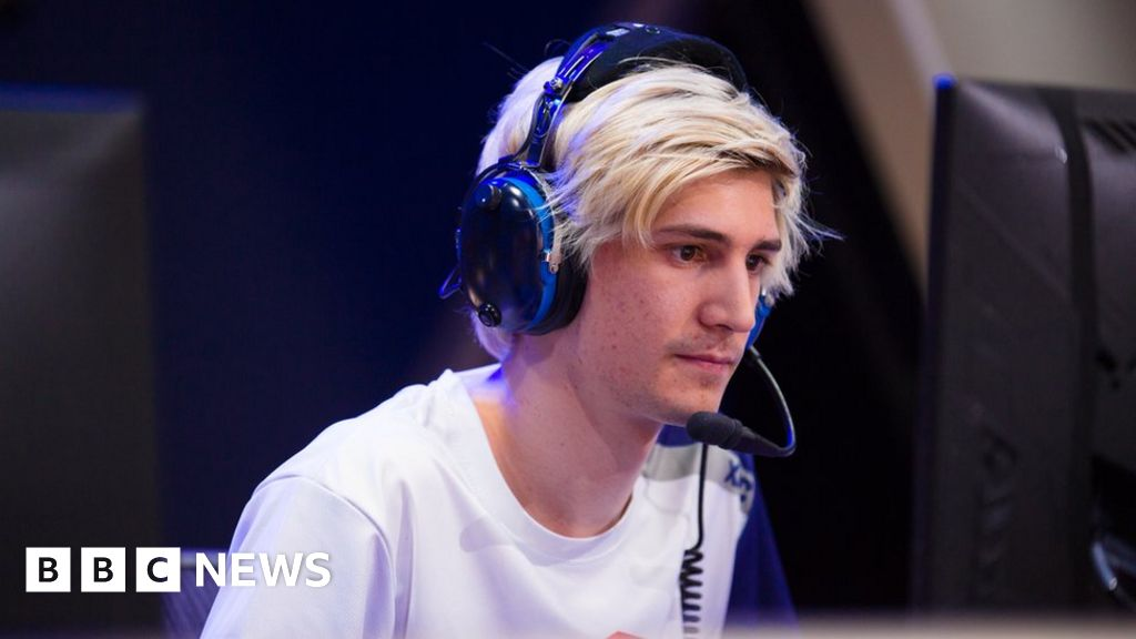 Overwatch pro player punished for gay slur