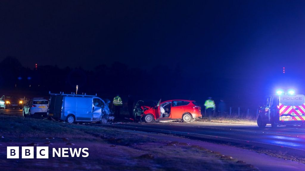 multiple-injuries-in-five-vehicle-crash-in-forres